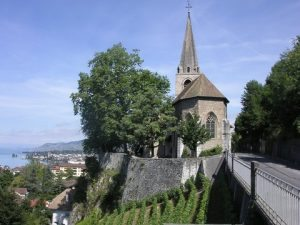 montreux ext 300x225 - Discover the most beautiful churches in the region!