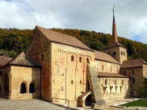 romainmotier ext 300x225 - Discover the most beautiful churches in the region!