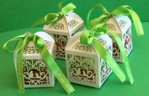 mes macarons maison 300x194 - Offrez du sucré à vos invités !