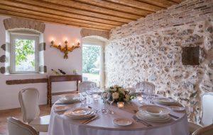 dejeuner 300x191 - 10 tips pour votre journée de mariage!