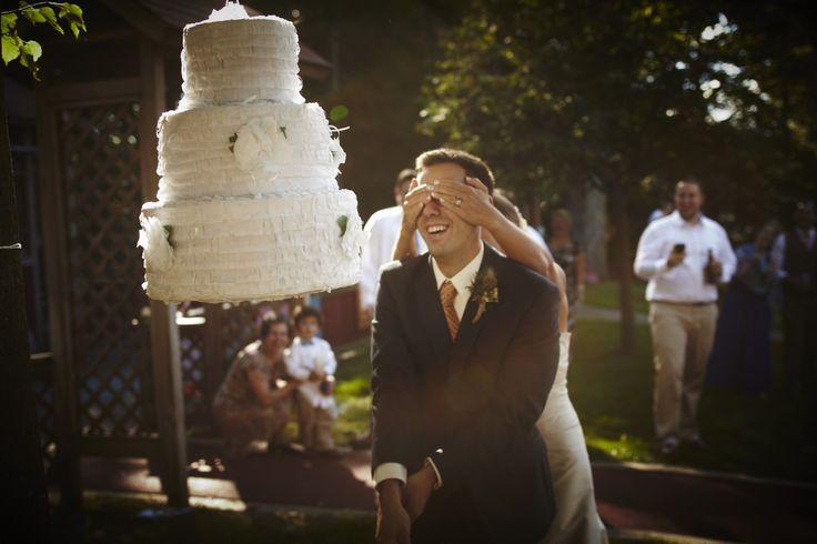 pinata gateau de mariage - Avez-vous pensé à uneanimationpendant votre mariage ?